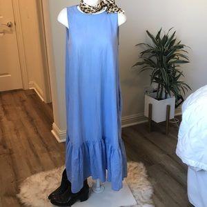 Zara chambray dress . Pockets. Ruffle detail. Cute